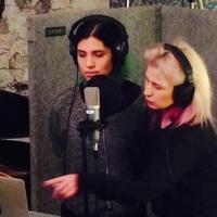 A Pussy Riot tagjai Patti Smith gitárosával stúdióznak New Yorkban + FRISSÍTÉS: és másokkal is!