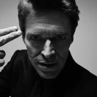 Mint Royale featuring Willem Dafoe: Ring (szilveszteri/újévi kislemez szöveges videóval)