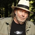 Neil Young & Crazy Horse: Hole In The Sky + SingerWithout A Song (új dalok)