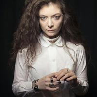 Lorde: No Better (új iTunes-kislemezdal)
