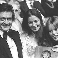 Johnny Cash: She Used To Love Me A Lot (kiadatlanfelvétel a nyolcvanas évek első feléből)