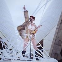 Amanda Palmer: Ukulele Anthem (performance video a Sydney-i Operaház épületén)