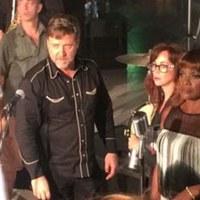 Marcia Hines & Russell Crowe: Remedy (videoklip aduetthez a színész szereplésével és rendezésében)