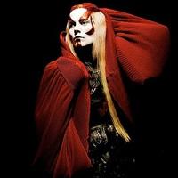Fever Ray: Now's The Only Time I Know (rework) – aKnife énekesnője a Gossip zenei kíséretével
