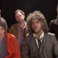 A Flaming Lips áprilisi tréfái + a Pink Floyd-kísérőlemez felvételének teljes stúdióvideója