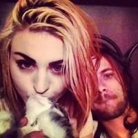 Kurt Cobain és Courtney Love lánya gyilkost kiált