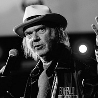 Neil Young & Crazy Horse: Ramada Inn (17 perces új dal videoklippel)