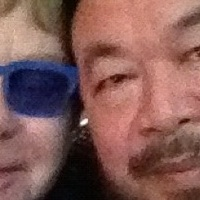 Elton John a pekingi koncertjét Aj Vej-vejnek ajánlotta