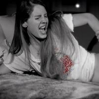 Lana Del Rey-t megerőszakolják egy Marilyn Manson-videóban (korhatáros tartalom)