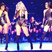 Beyoncé fellépése a Super Bowl félidejében aDestiny'sChild élén + a 2013-as turné reklámfilmjei