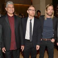 Az új Foo Fighters-album címe, borítója, dallistája, megjelenési dátuma és beharangozó videója!