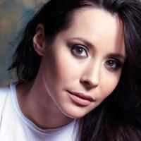 Nerina Pallot: The Hold Tight + We Should Break Up – az idei 12 részes EP-sorozat első két darabja!