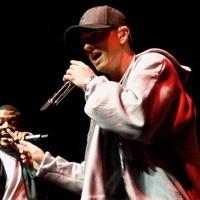Eminem egy baseball sapkával harangozza be újalbumának megjelenését
