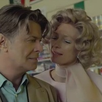 David Bowie: The Stars (Are Out Tonight) (videoklip Tilda Swinton szereplésével)