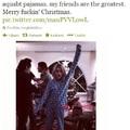 Kurt Cobain lánya pizsamában karácsonyozik
