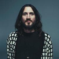 John Frusciante: Enclosure – az űrbe kilőtt album aRed Hot Chili Peppers volt gitárosától!
