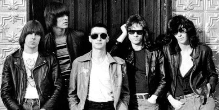 ArturoVega-Ramones5.jpg