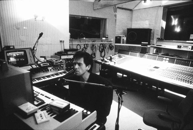 PeterGabriel-studio.jpg