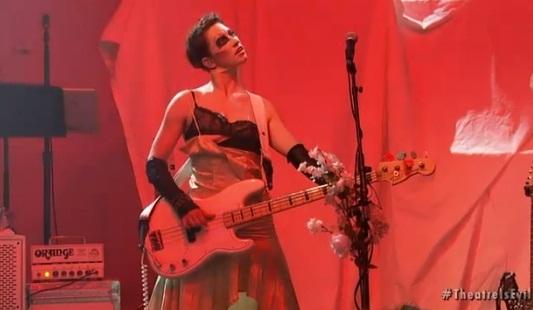 amanda-bass.jpg