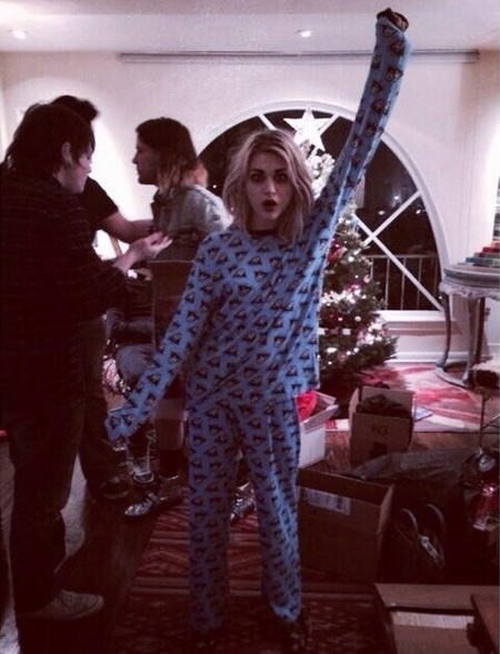 frances-pijama.jpg