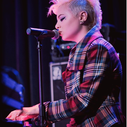 kaya-piano.jpg