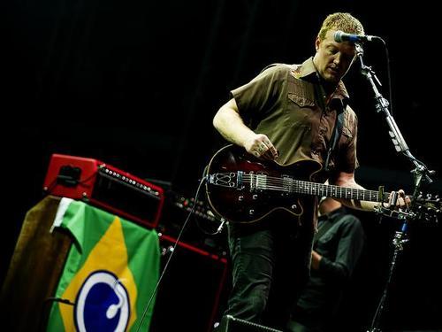 qotsa-brasil.jpg