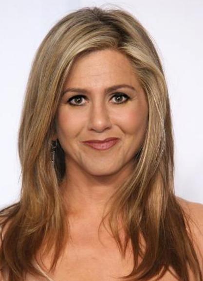 Jennifer Aniston és Kökényessy Ági