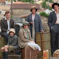 Szinkronhangok: A Durrell család (The Durrells)