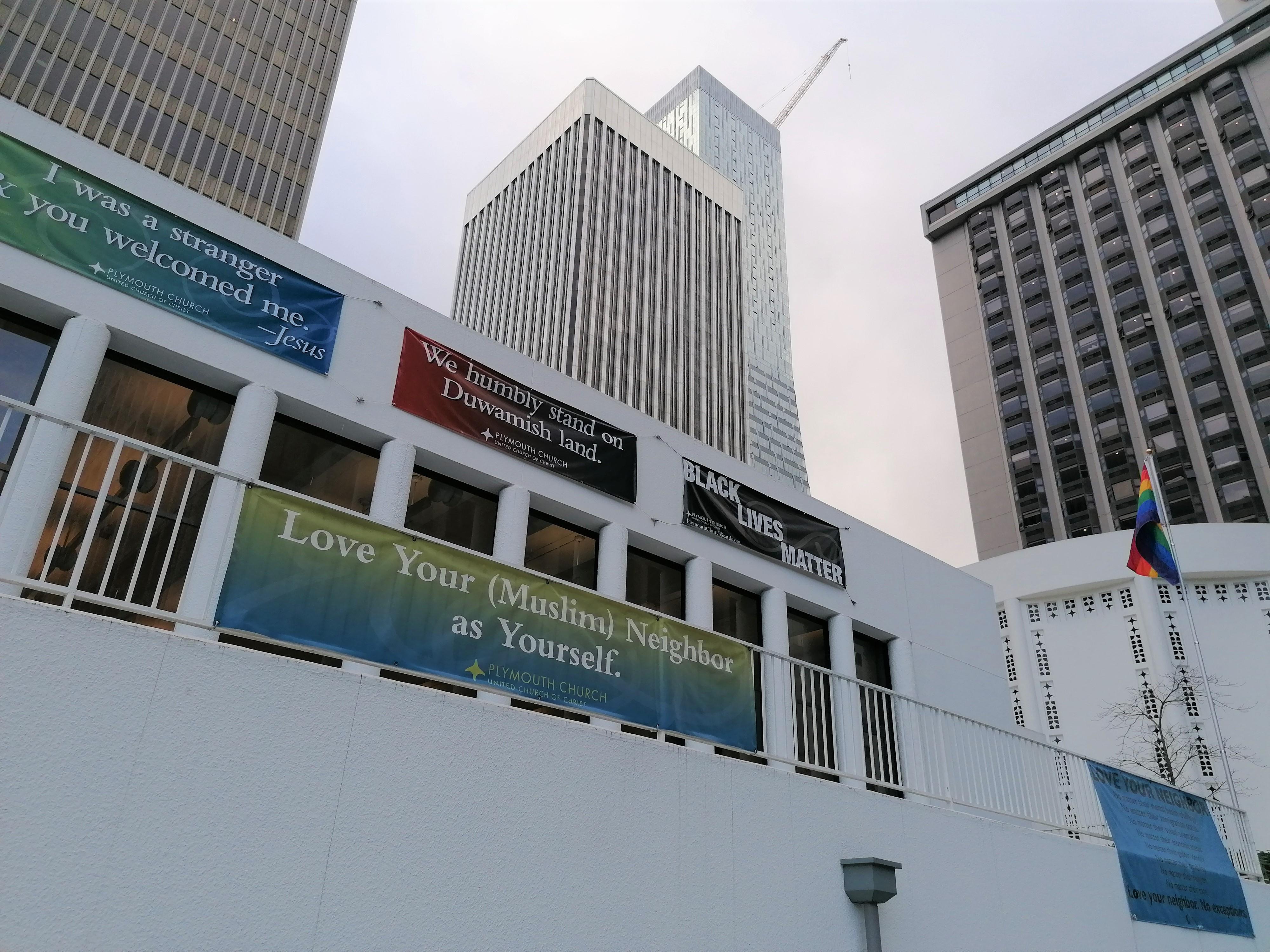 Templom Seattle-ben: muszlimok, indiánok és melegek számára is nyitva