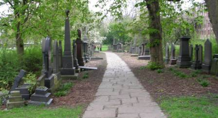 Woodhouse_Cemetery_-_Clarendon_Road_-_geograph.org.uk_-_402972.jpg