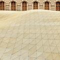Az új, lebegő aranytető és a múzeum küldetése – Megnyílt A Louvre új iszlám művészeti gyűjteménye