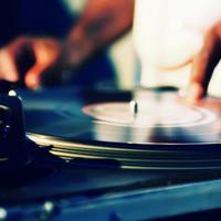 7 milliárd dolláros a világ  elektronikus zenei forgalma