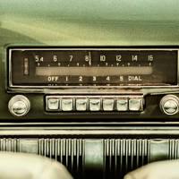 Megindult a rádiózás haláltusája Magyaroszágon is?