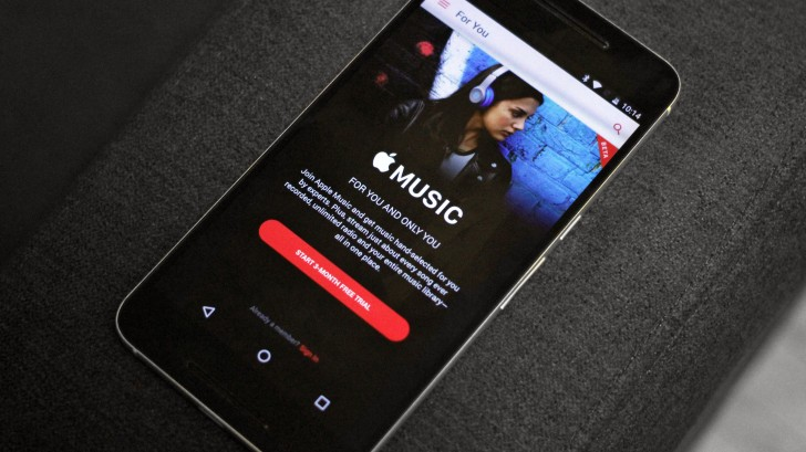 apple_music_couch.jpg