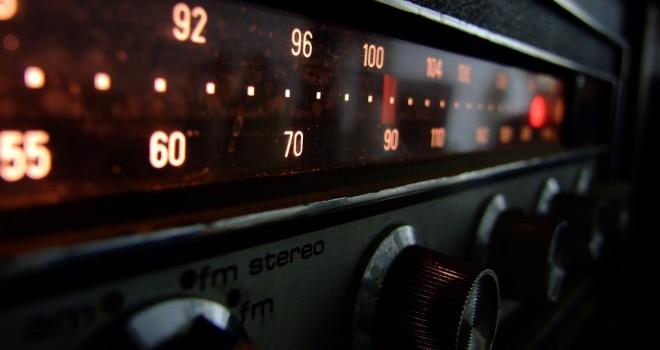 apple_radio2.jpg