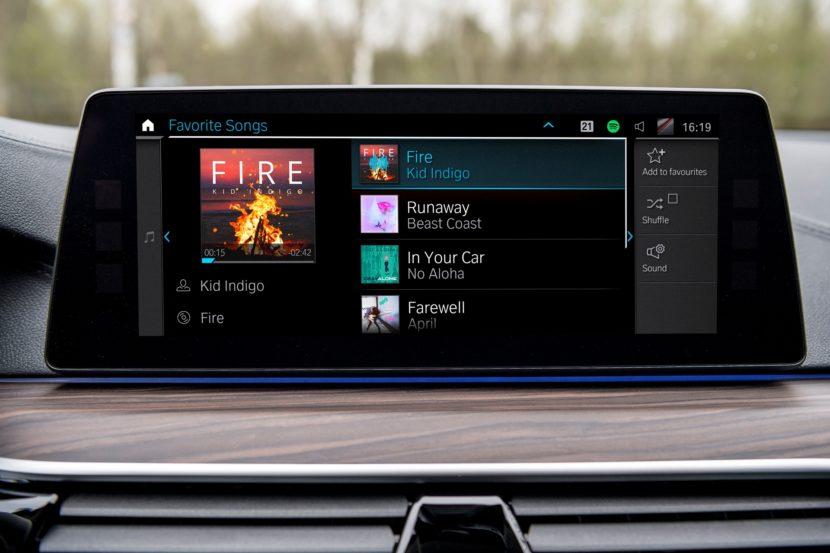 A BMW streaming platformja lehet az újabb szög a rádiózás koporsójában