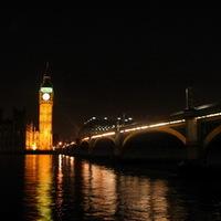 Éjszakai futás (fotózás) a Temze partján