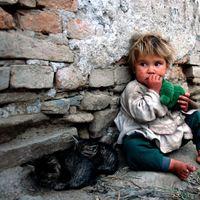 750 ezer gyermek él a létminimum alatt hazánkban ...