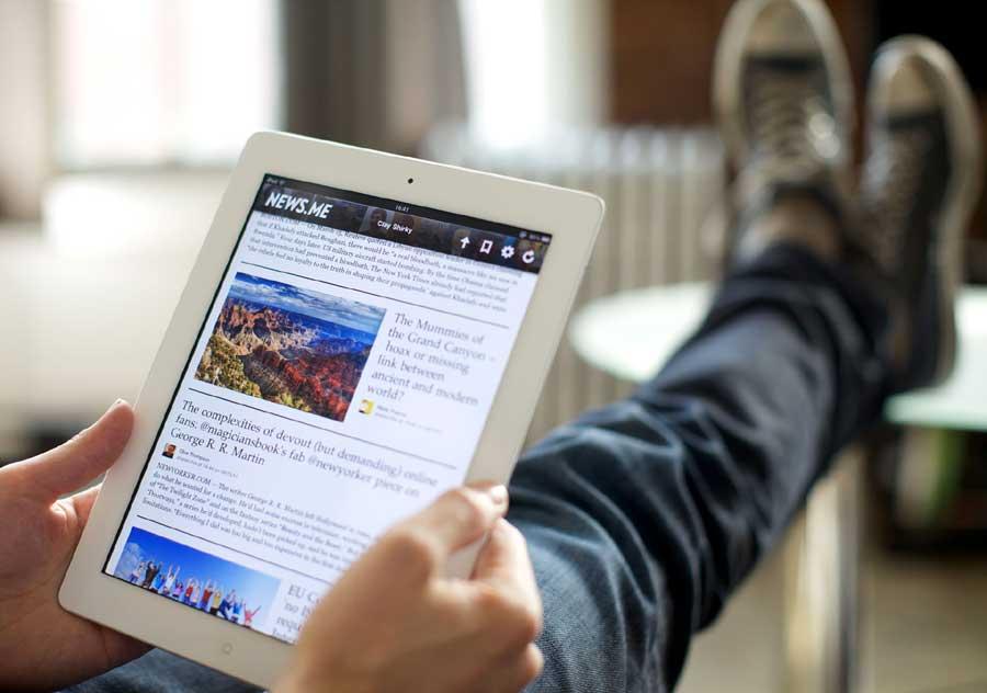 reading-news-online.jpg