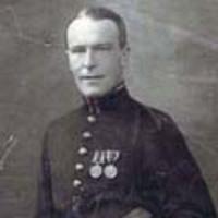 Egy brit huszártiszt Budapesten