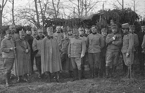 A 41. honvéd gyaloghadosztály törzse 1914-ben, itt a középen álló Schamschula vezérőrnagy még a 82. honvéd gyalogdandár parancsnoka