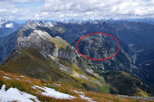 Balra a Cellon, középen bekarikázva a Kleiner Pal, jó 500 m-rel magasabbról