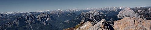Távolban a Dolomitok