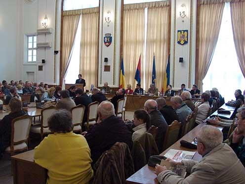 2011. március 19-én délután két órakor ismét megtelt a nagyváradi városháza közgyűlési terme érdeklődőkkel, amikor a kutatásról készített kiadványunkat bemutattuk