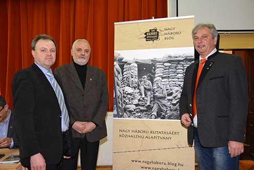 Pintér Tamás, Péter I. Zoltán és Sárközi Zoltán a 2015. január 9-ei könyvbemutató után