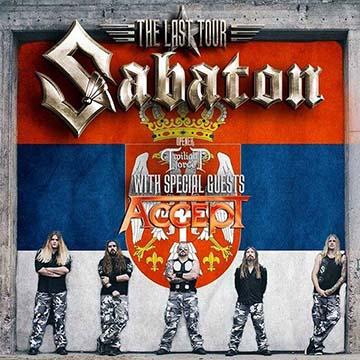 A Sabaton tagjai a szerb zászló előtt (díszvendégük Budapesten is a veterán Accept volt)