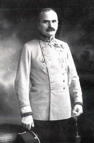 Tersztyánszky Károly 1916-ban készült fotója a Sport und Salon folyóirat 1916. május 6-ai számából