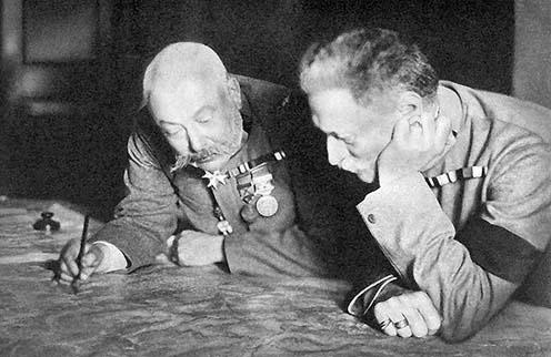 Frigyes főherceg, a hadsereg főparancsnoka és Conrad von Hötzendorf vezérkari főnök