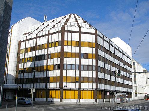 A Kriegsarchivnak helyet adó Osztrák Állami Levéltár épülete