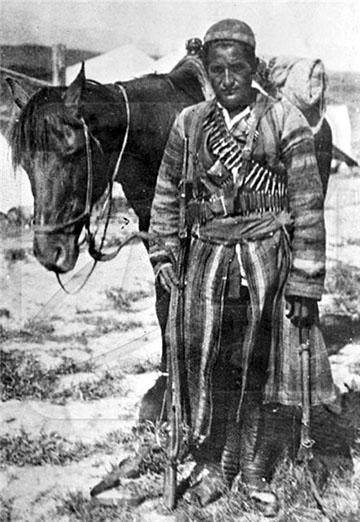 Baszmacsi a lovával